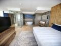 hoteloostzaan-amsterdam-ibiza-suite-a